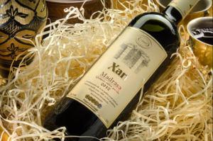 Разработка айдентики, этикетки для вина