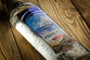 """Этикетка на водочную продукцию - водка """"Фрегат"""""""