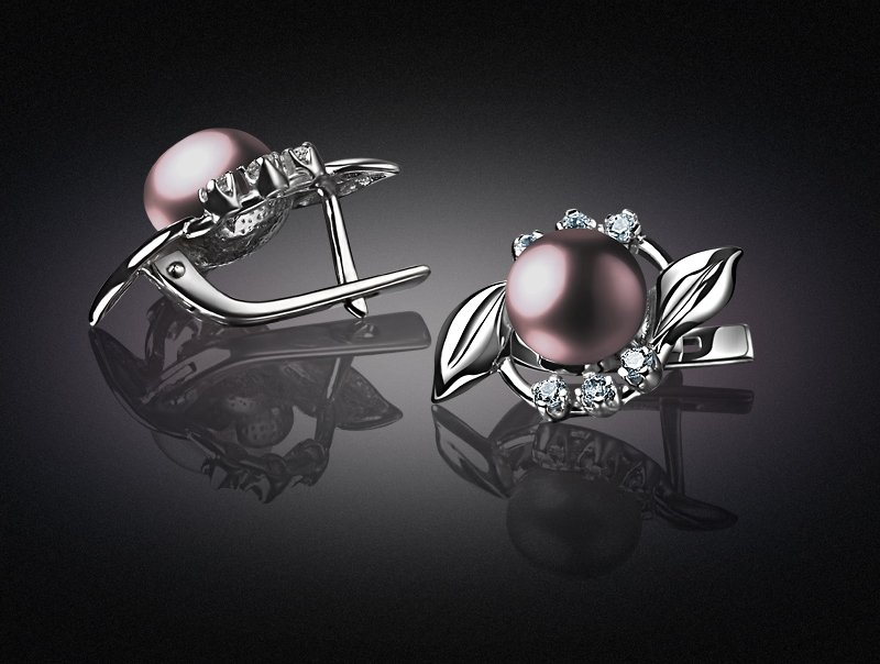 Subject photography of jewelry
