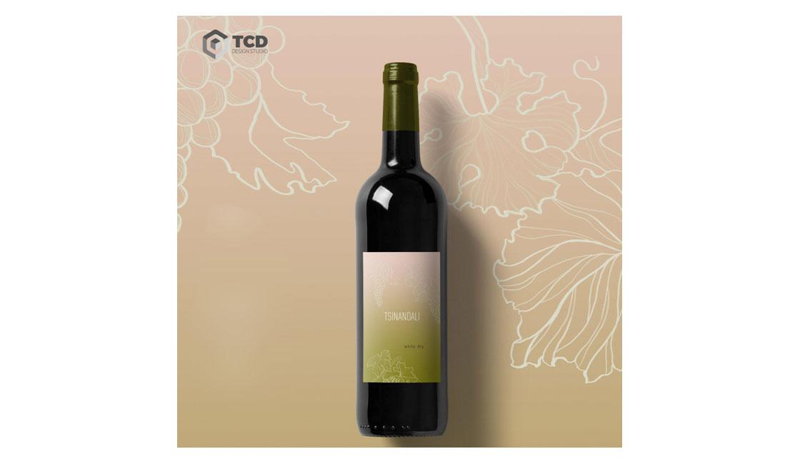 создание дизайна этикетки для вина Meghvine