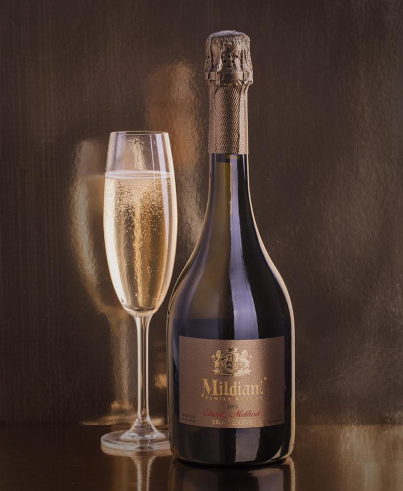 champagne wine label design